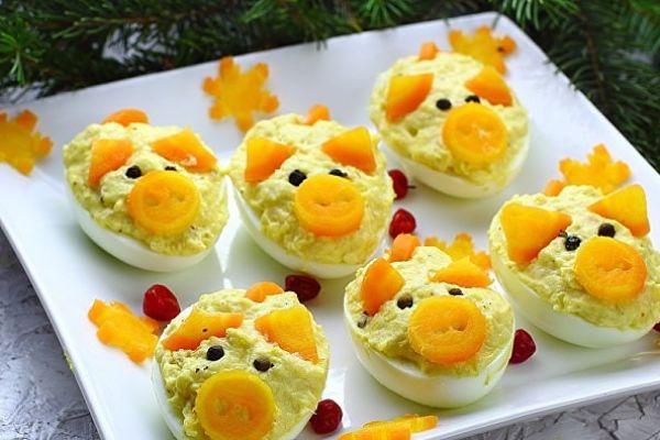 Фаршированные яйца «Поросята»