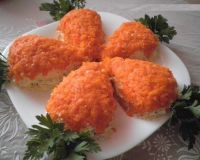 "Салат""Морковки"" с куриным филе и грибами"