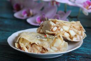 Штрудель без сахара с яблочной начинкой