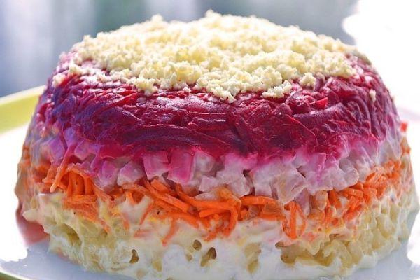 Салат с корейской морковкой «Закат»