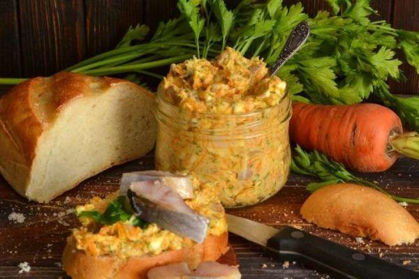 Селедочный паштет с плавленным сыром