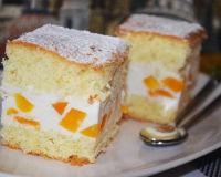 Торт из творога и персиков