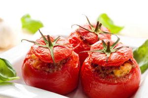 Как нафаршировать помидоры для диетического стола?