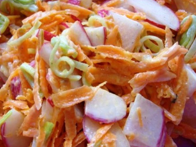 салат с морковью и редисом