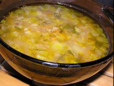 Суп с добавлением хлопьев и капусты