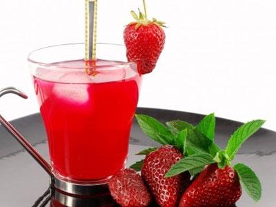 Кисель из клубничных ягодок