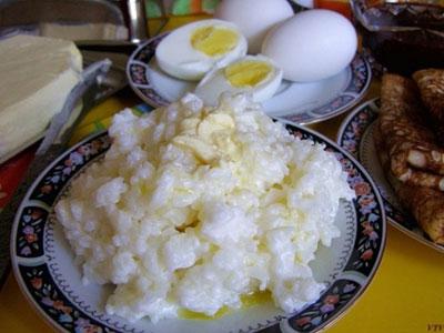 Рисовая каша с яичным желтком