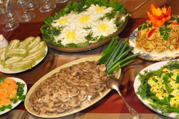 Какие салаты и закуски можно включать в своё меню, если вам назначили диету № 1