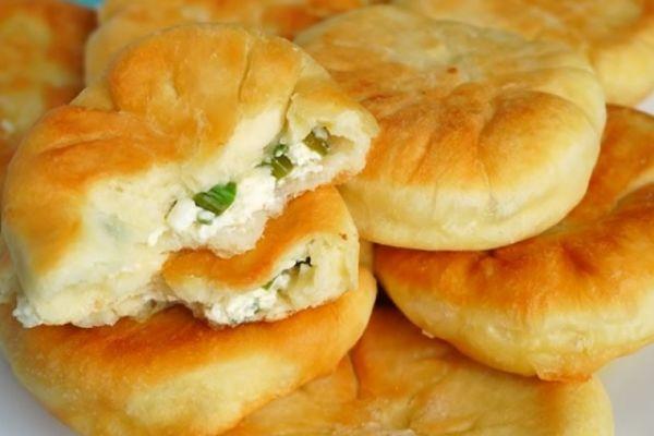 Пироги-пышки с творогом