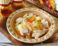 Простое, повседневное блюдо— тушеная картошечка с мясом