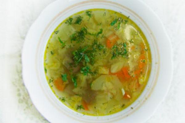 Полезный супчик при гастрите— с рисом и кабачками