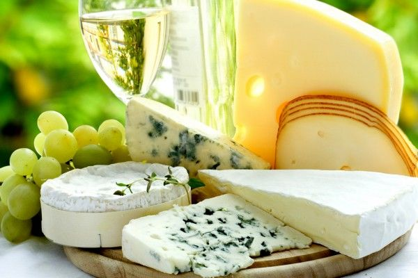 Элитные, деликатесные и благородные: вся правда о сырах с плесенью