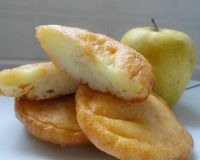 Оладьи из яблок на кефире