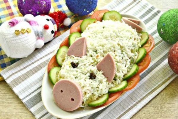 Топ-5 салатов в виде свинюшки на Новый год