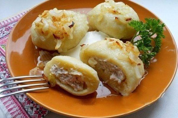 Картофельные галушки с мясом