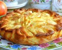 Итальянский деревенский пирог с яблоками