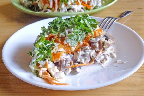 Грибной салат «Пальчики оближешь»