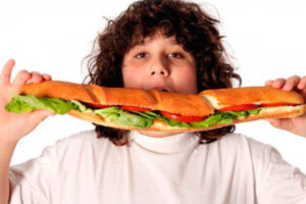 Как маме помочь своему ребенку если у него ожирение?