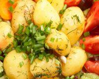 Три простых блюда из картофеля: гуляш, пюре и рагу
