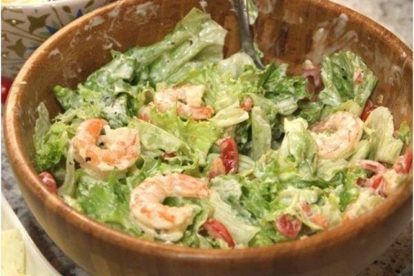 Легкий салат с криветками