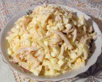 Салат из кальмаров с сыром и чесноком