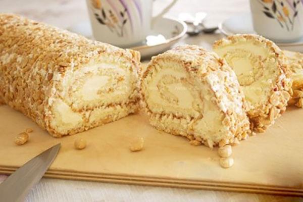 Рулет «Сливочно-ореховый» Очень вкусная, быстрая и простая выпечка