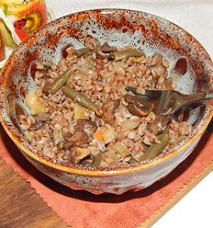 Гречка с овощами и грибами