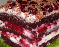 Шварцвальдский торт «Черный лес» с вишней