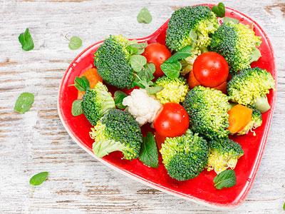 Диета при сердечно-сосудистых заболеваниях: запрещенные и разрешенные продукты. Диета №10